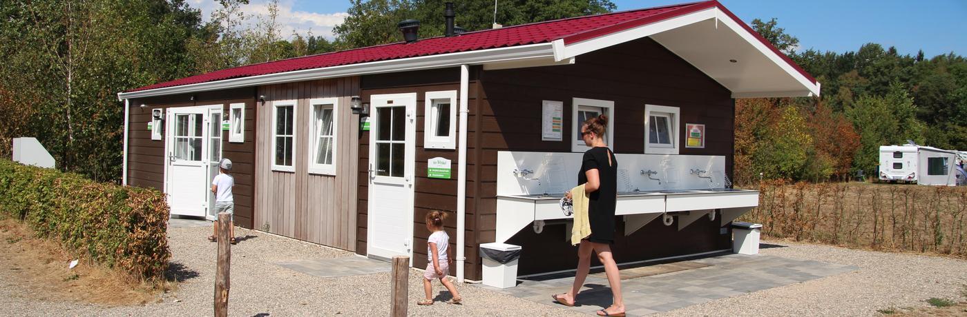 Campingplatz Sanitärgebäude